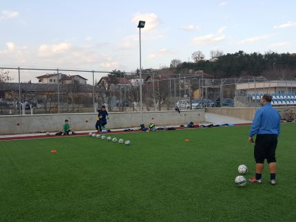 Академия РД Спорт е в с. Струмяни на подготвителен лагер