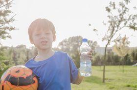Пиенето на вода по време на тренировка – полезен или вреден навик?